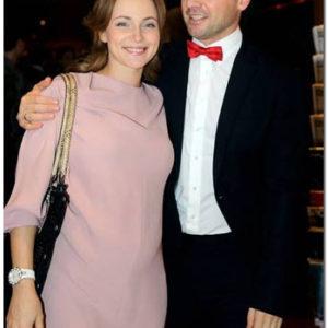 Анна Снаткина и Виктор Васильев на премьере фильма «С новым годом, мамы!»